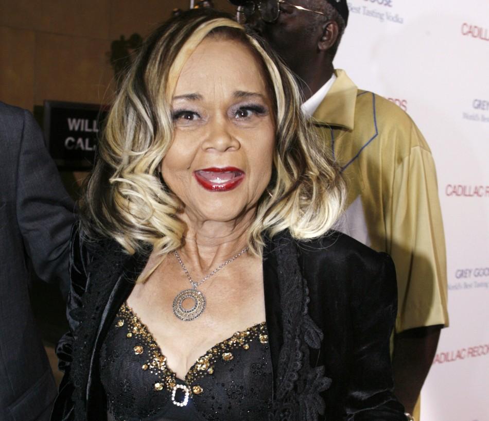Etta James, Legendary R&B Singer, Dies Aged 73