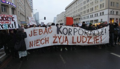 Demonstrators protest against Polish government plans to sign Acta