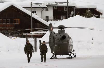 Davos troops