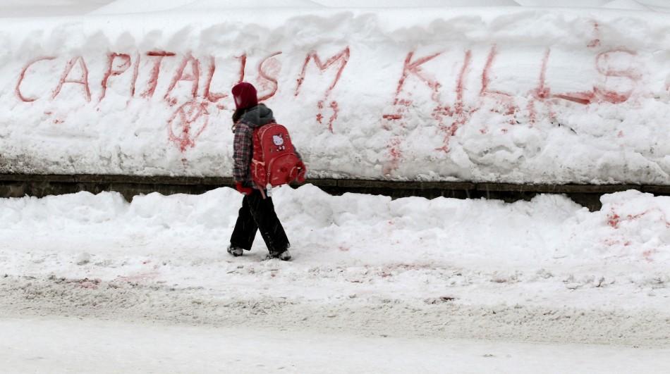 Davos protest solgan