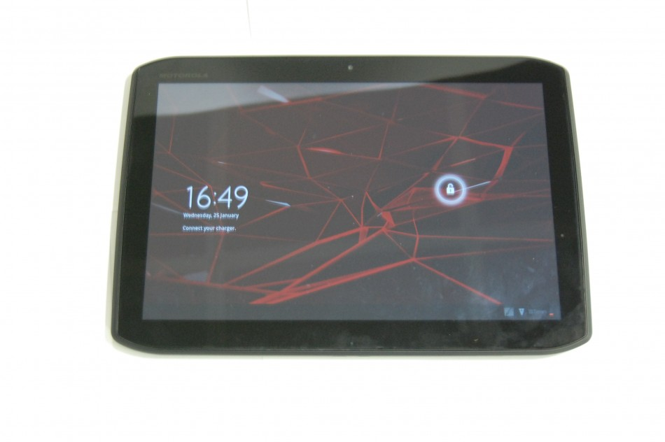 Motorola Xoom 2 Tablet Review: Shiny Wrapper Distracts from Sweet Centre
