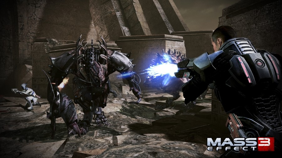 Mass Effect 3 Single-Player DLC Will Focus on Shepard, Says Gamble
