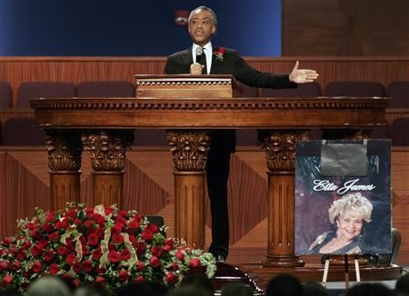 Christina Aguilera Sings At Last at Etta James Funeral [VIDEO] Christina Aguilera Obituary