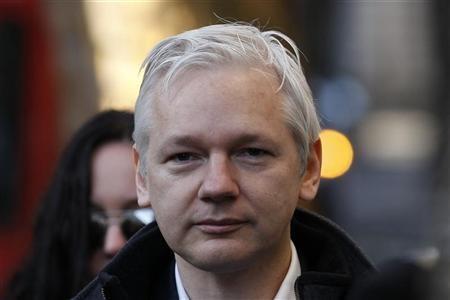 WikiLeaks' Julian Assange Runs to Ecuadorian Embassy in UK for Protection