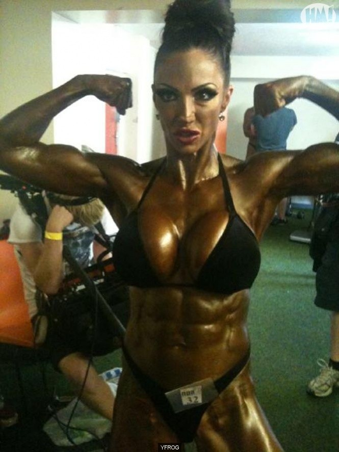 Glamour girl Jodie Marsh stunned fans with a muscular new look (Twitter)