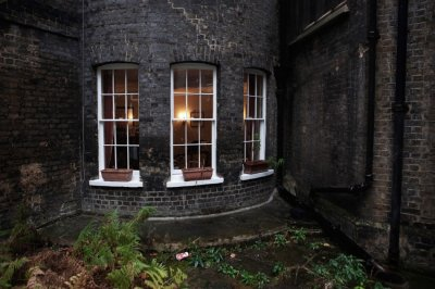 From Lincolns Inn to Curiosity Shop A Tour across Charles Dickens London