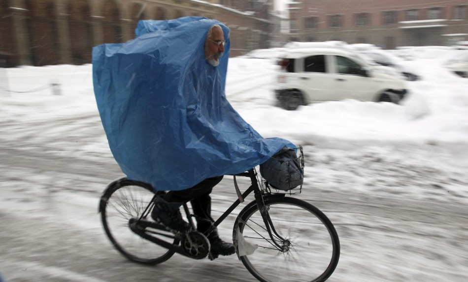 Commuters Bearing the Brunt of Cold Waves
