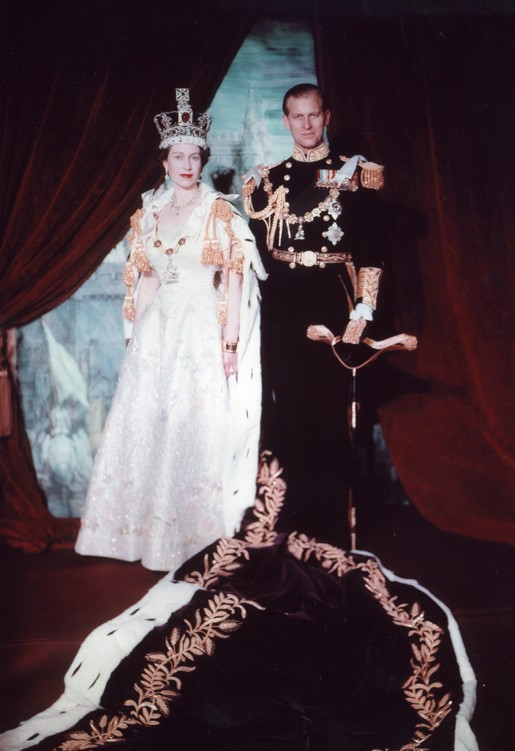 Queen Elizabeths 6o Years of Reign Celebrated Through 60 Photographs
