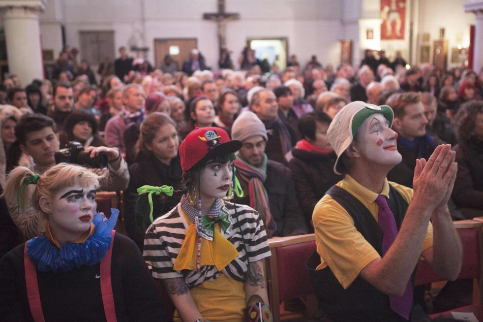 Clowns Gather for Grimaldi Memorial Service