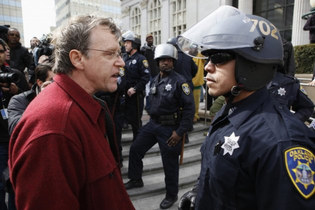 Occupy Oakland: Anonymous Hackers Punish Police's Acts of Brutality