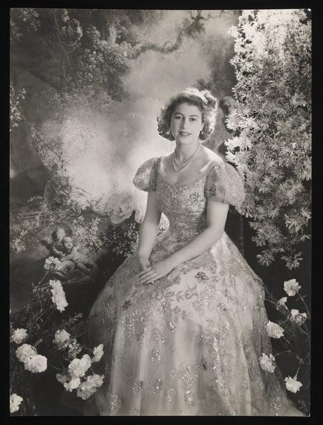 VA Museum Presents Queen Elizabeth II by Cecil Beaton Diamond Jubilee Exhibition