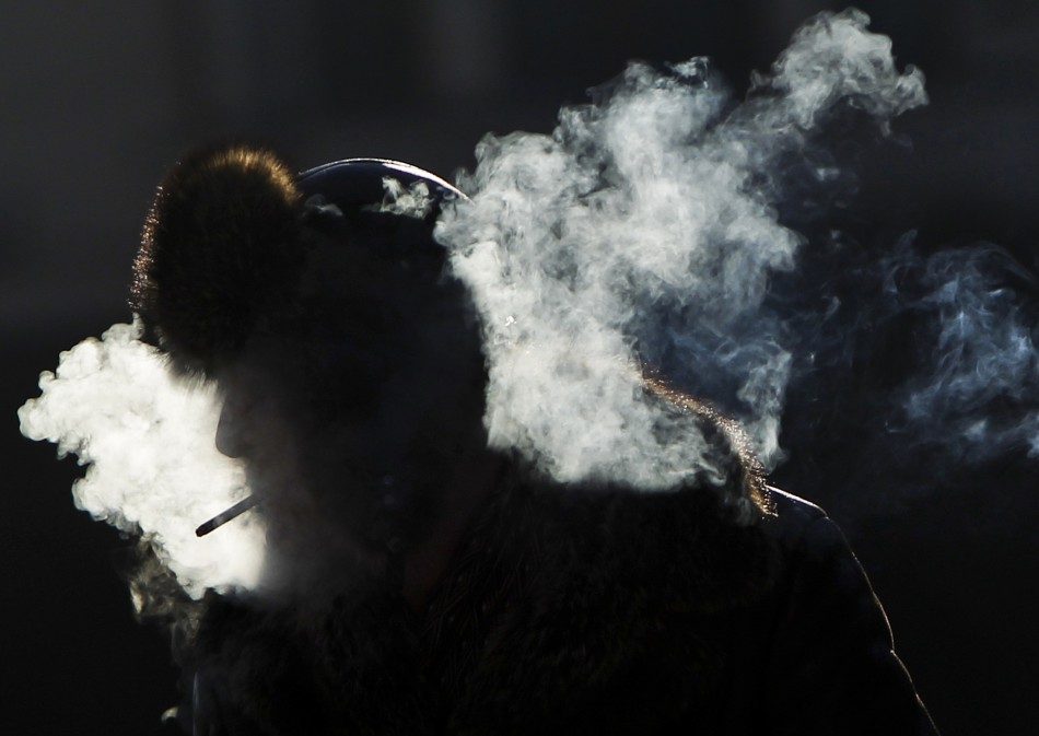 Among smokers, people who prefer mentholated cigarettes tend to have more strokes than non-menthol smokers - and this seems to be especially true for women and non-African Americans, according to a North American study.