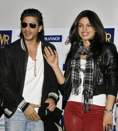 Bollywood actors Shah Rukh Khan and Priyanka Chopra attend a news conference to promote their upcoming movie quotDon 2quot in Chandigarh