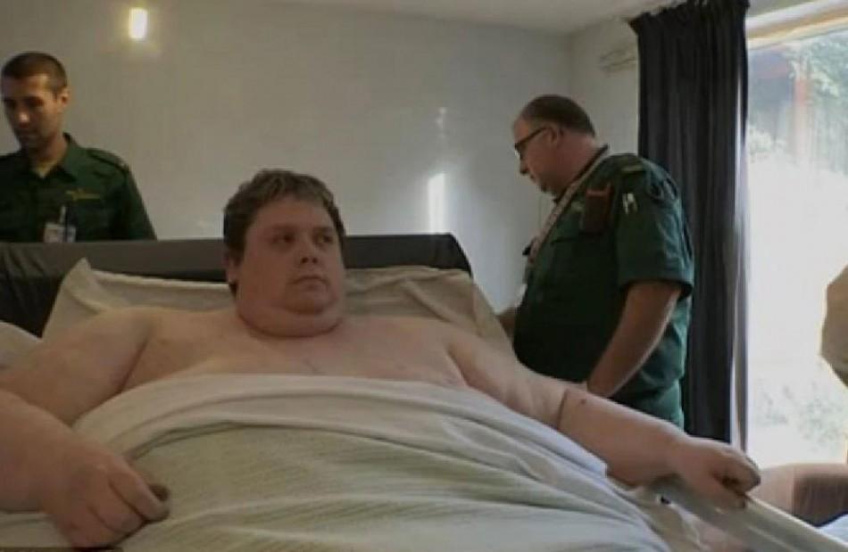 Brit Weighing 60-Stone is World 'Fattest Man'