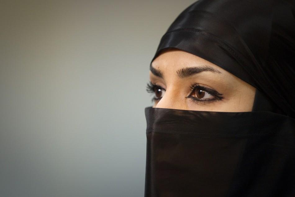 Iran's Female Ninjutsu Warriors: Women Throw Hijab to Become Ninja Assassins