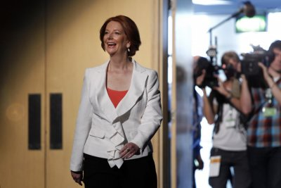 Gay Couples Set to Dine with PM Gillard at The Lodge