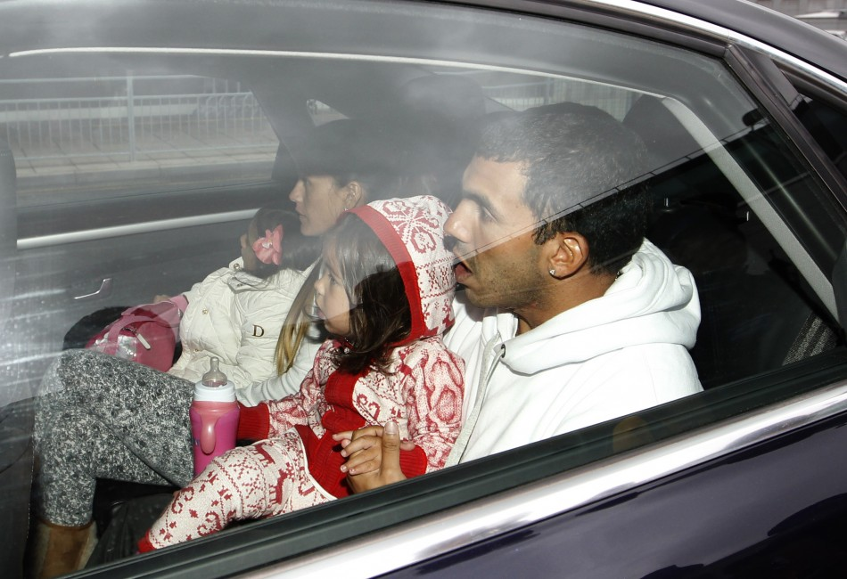 Carlos Tevez Returns to Manchester