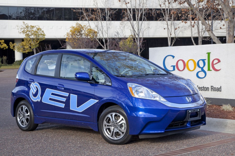 Honda delivers 2013 Fit EV battery-electric vehicles