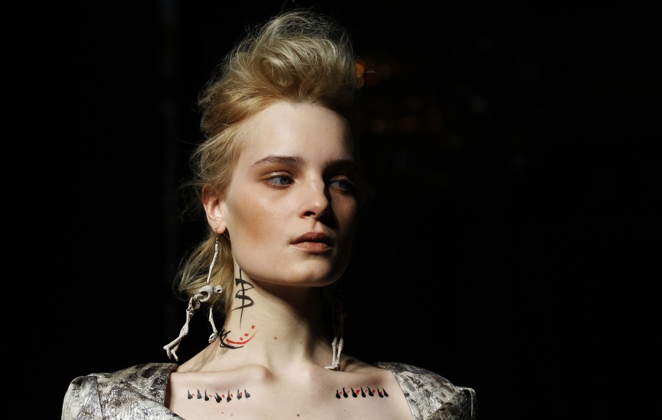 Mulberry, Vivienne Westwood Presents Standout Collections at Day 3 LFW