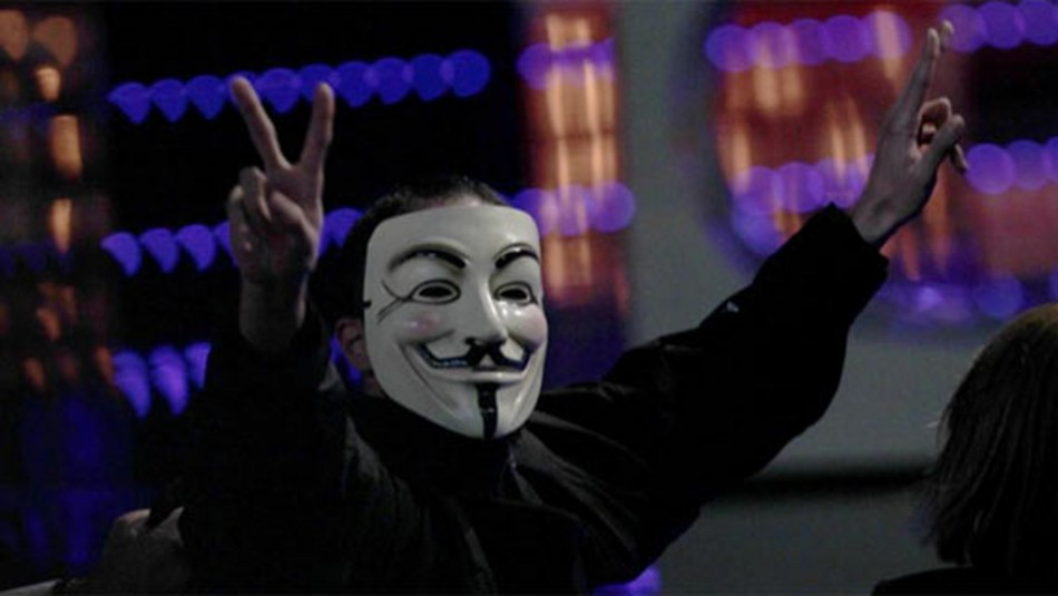 Anonymous member jumps on stage at Spanish cinema awards ceremony
