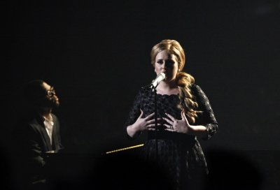 British singer Adele performs quotSomeone Like Youquot at the 2011 MTV Video Music Awards in Los Angeles