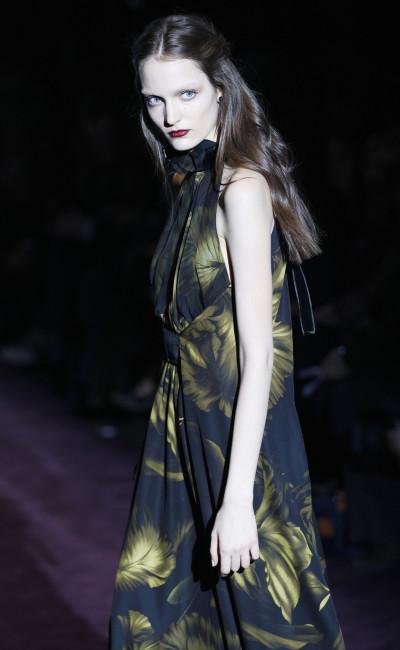 Gucci Kicks Off 2012 Milan Fashion Week with Dramatic Dark Romance Line-up
