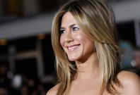 Jennifer Aniston And Justin Theroux Engaged? 'If He's Not Down On One Knee, It's Over!' Rumors Say