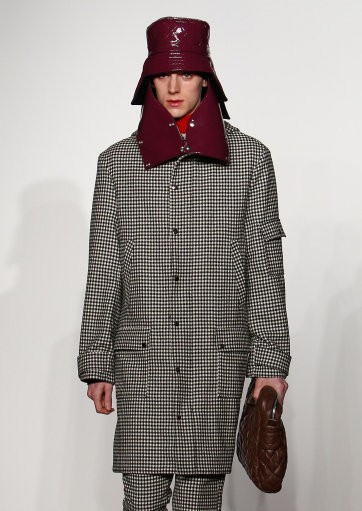 A model on the catwalk during the J.W. Anderson Men London Fashion Week show