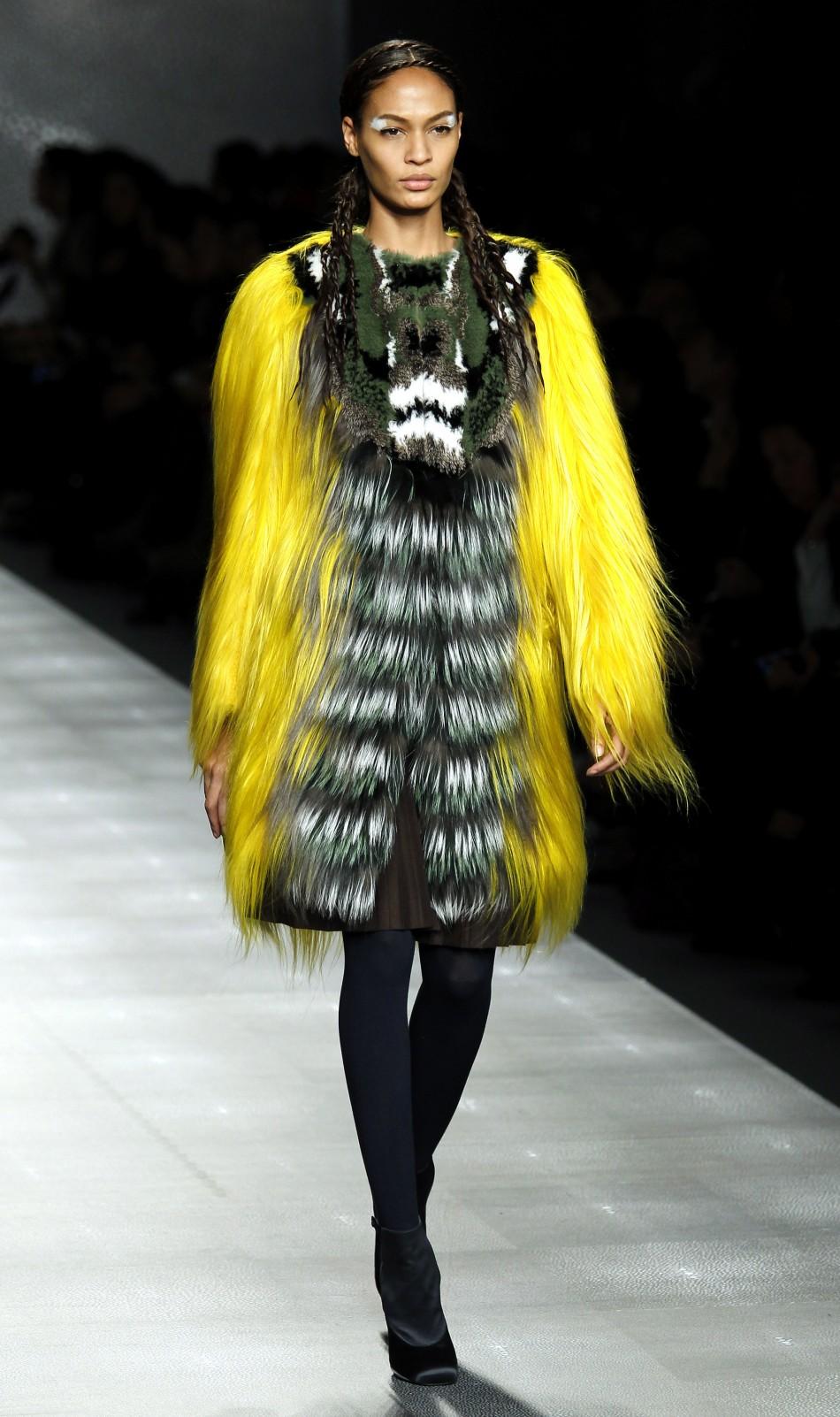 Fendi Furry 'Tribal Warrior Meets High Street' Looks at ... | 950 x 1602 jpeg 288kB
