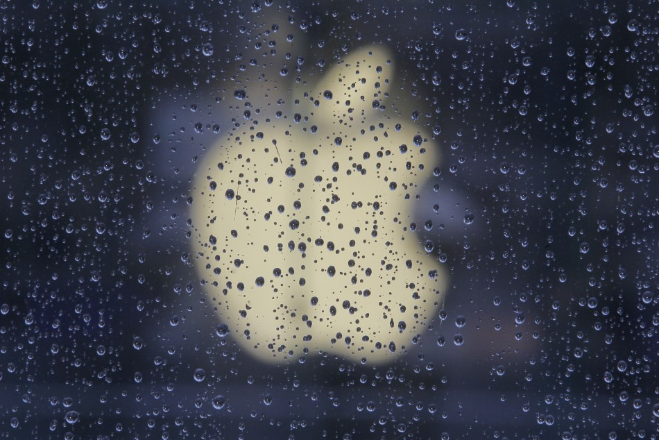 Apple stocks should be trading at much higher prices given the company's astounding growth and huge cash hoard