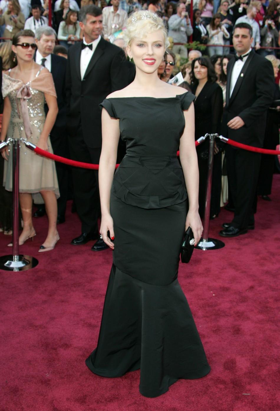 Actress Scarlett Johansson arrives at the 77th annual Academy Awards.