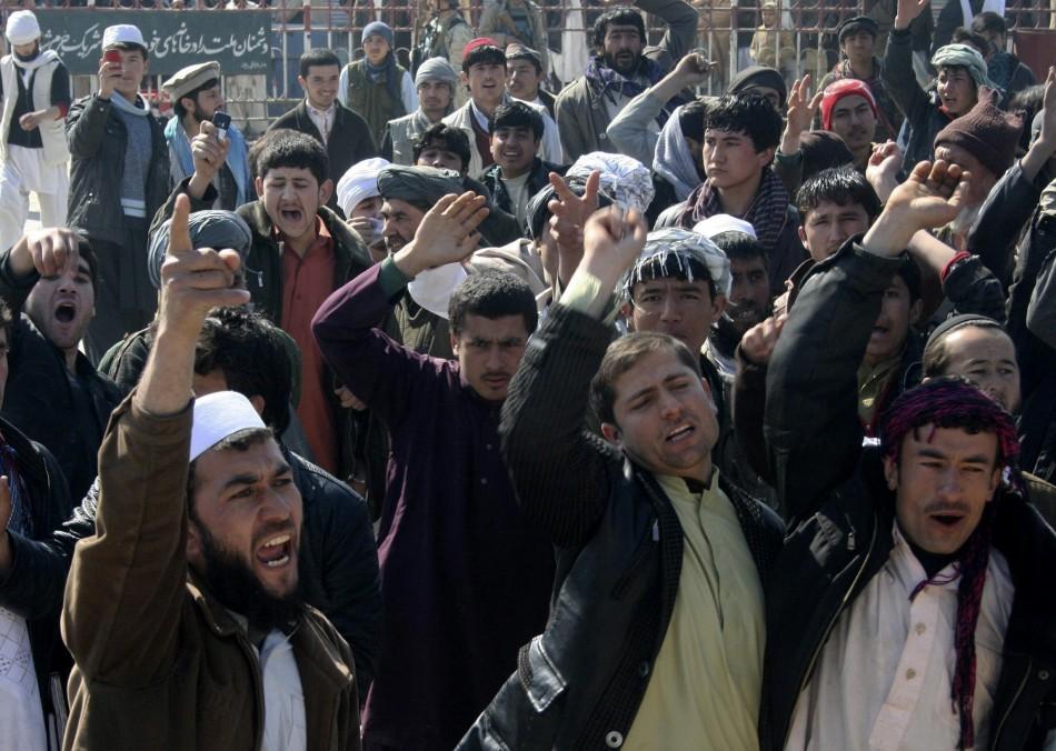Afghan protesters Kunduz