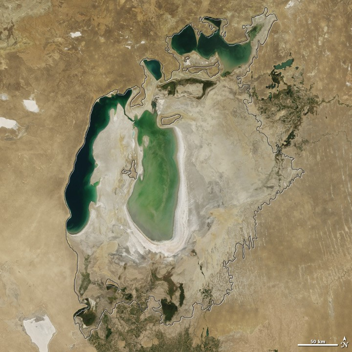 View of Aral Sea in 2006