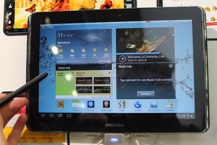 MWC 2012: Samsung Galaxy Note 10.1 Hands-On Preview (Pictures)