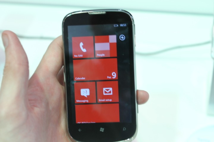 MWC 2012: ZTE Orbit Windows Phone Hands-On Preview
