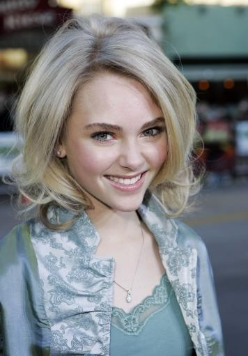 Annasophia To Play Young Carrie In Sex And The City Prequel-4578