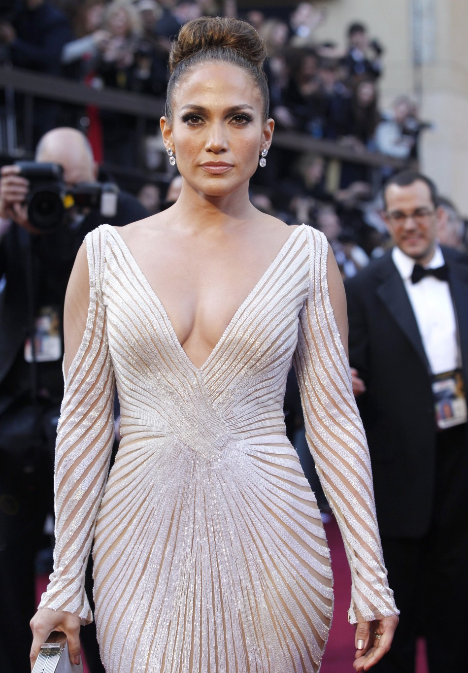 Jennifer Lopez has quotnip slipquot disaster at the Oscars 2012