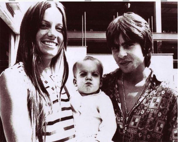 Davy Jones with family