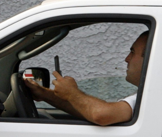 Study suggests that using smartphone while driving more dangerous than being drunk or high on drugs