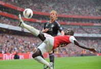 Liverpool v Arsenal at the Emirates stadium, Dated: August 20, 2011