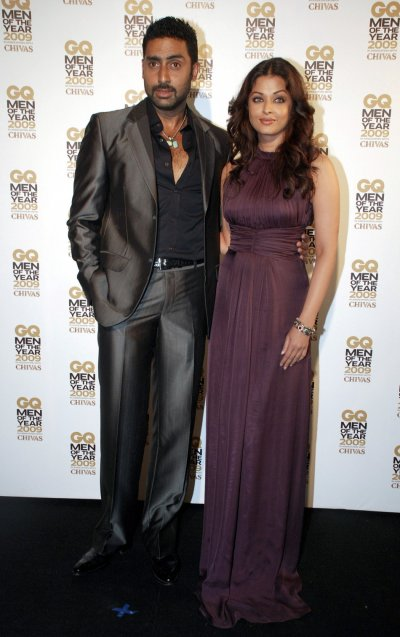 Abhishek Bachchan L and his wife Aishwarya Rai Bachchan