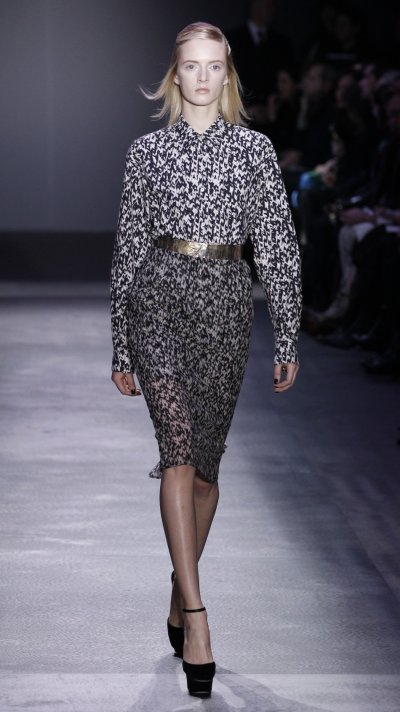 Giambattista Valli039s Sophisticated Daywear Collection for Paris Fashion Week