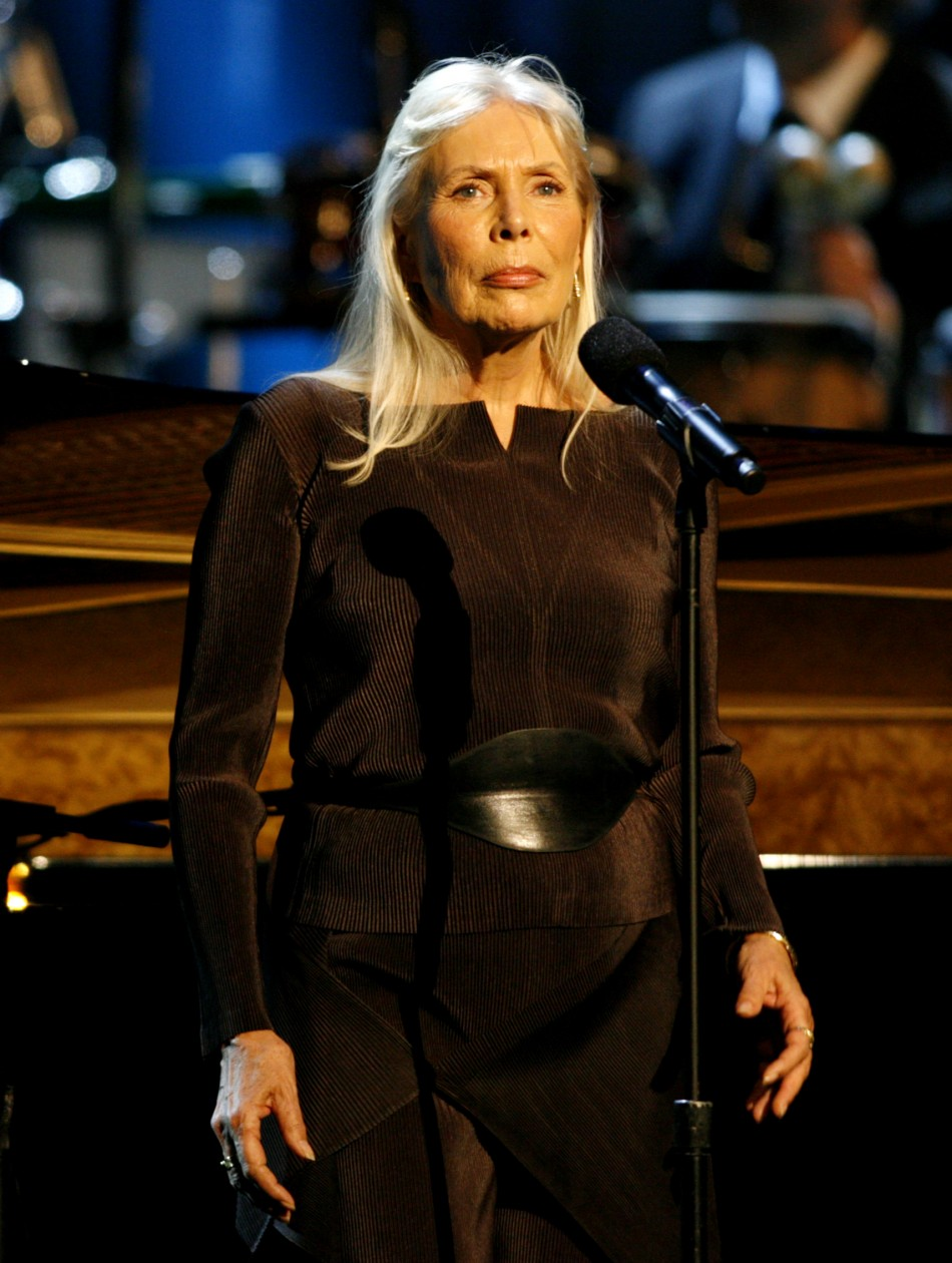 Joni Mitchell Team Denies Report That Singer Is In A Coma-3652