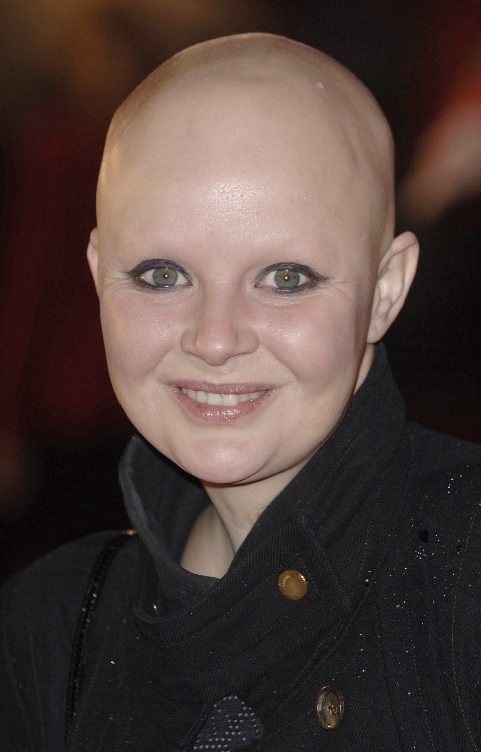 Gail Porter Working In Mary Portas Charity Shop