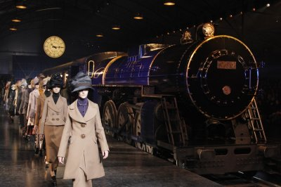 Louis Vuitton Transports Spectators to Edwardian Era of Fashionable Travel