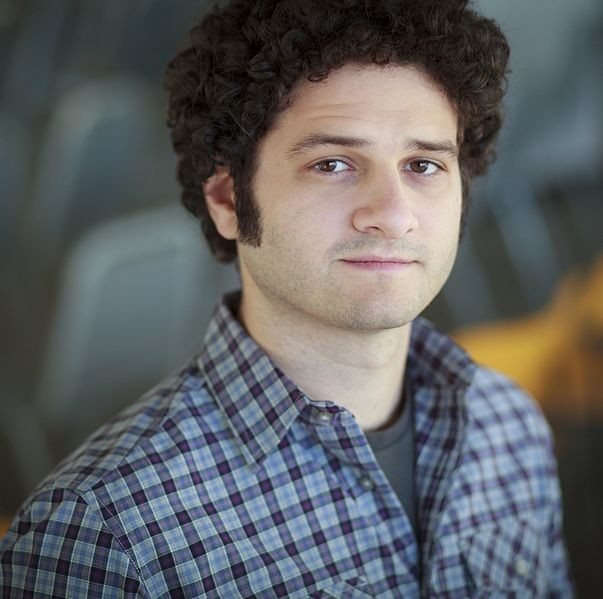 Facebook Co-Founder Focuses on Start-Up Firm, Calls it as His Service to Humanity