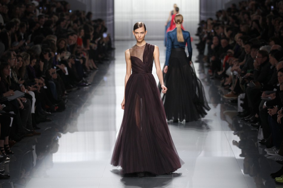 Karle Kloss Catwalk Return: Models's Top 10 Looks at Paris Fashion Week