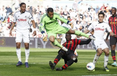 Soccer - Barclays Premier League - Manchester City v Swansea City -  Liberty Stadium
