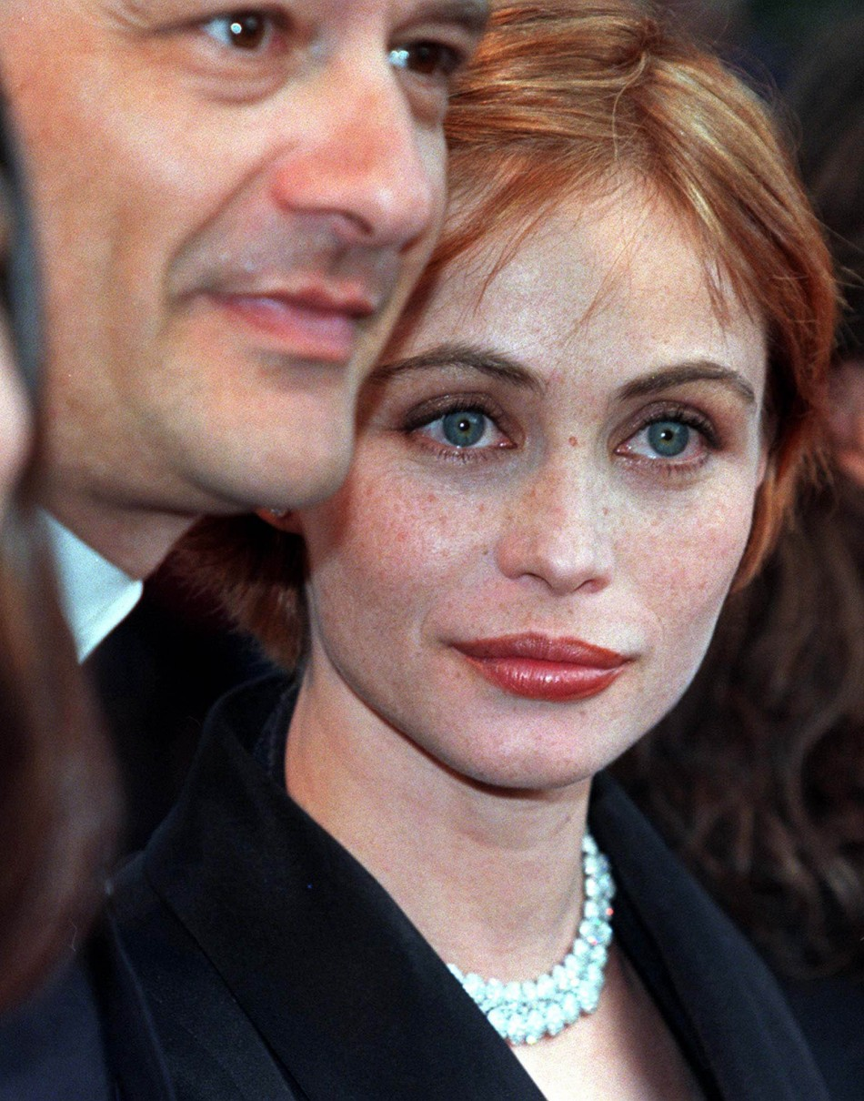 French actress Emmanuelle Beart in 1998