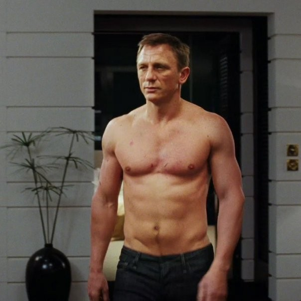 Daniel Craig To Do Sexy Bedroom Scene In -4177